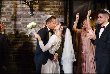זוג נשואים טריים חתונה בתל אביב